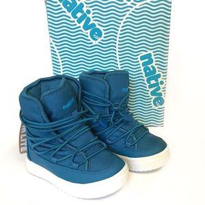 Native shoes boys size 10